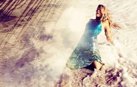 Lily-Donaldson-Vogue-Spain-